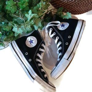 Converse Chuck Taylor black hi top sneakers